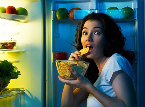 overeating-2608-1414574160.jpg