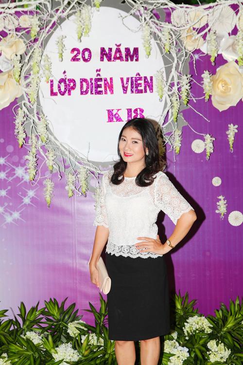 Hoai-Linh-Viet-Huong-4-8006-1414728956.j