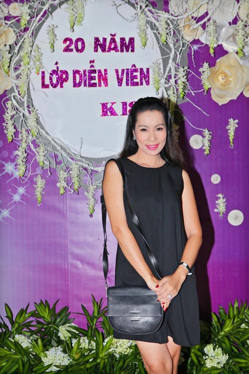 Hoai-Linh-Viet-Huong-8-2342-1414728956.j