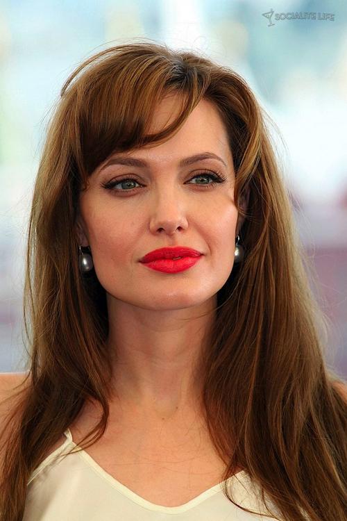 Angelina-Jolie-6136-1414988227.jpg