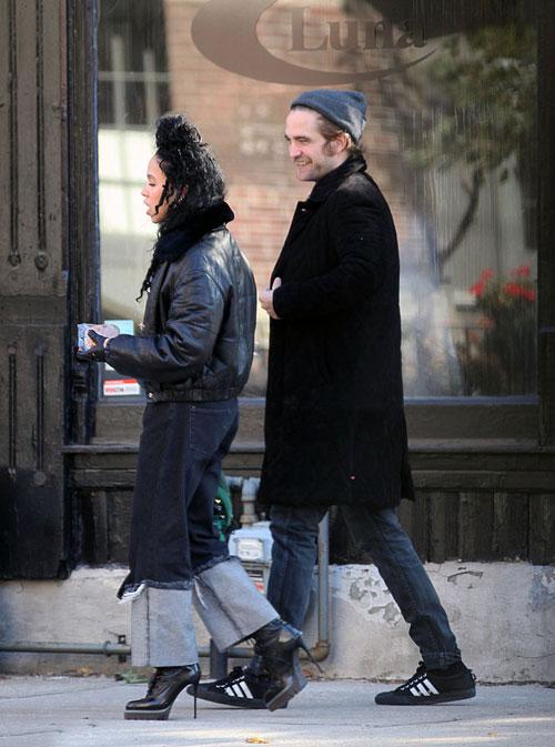 Robert-Pattinson-16-4316-1415071234.jpg