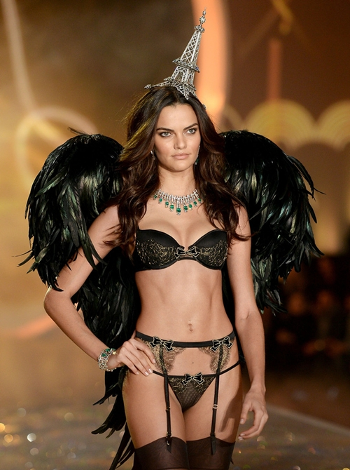 Barbara-Fialho-2013-Victoria-Secret-Fash