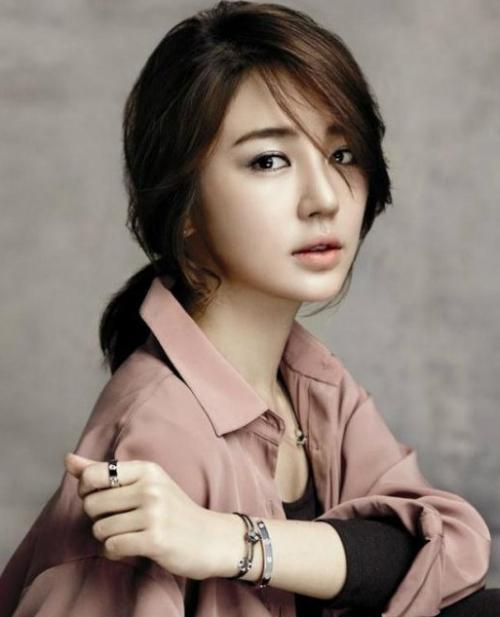 Yoon-Eun-Hye-3775-1415264490.jpg