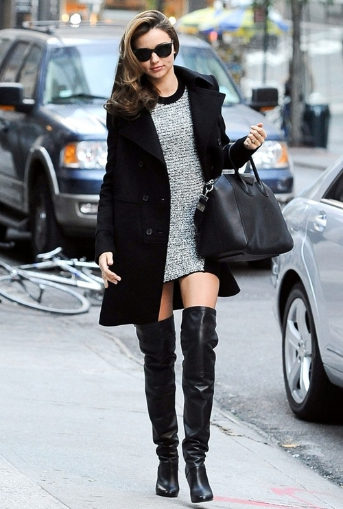 Miranda-Kerr-wears-short-dress-thigh-hig