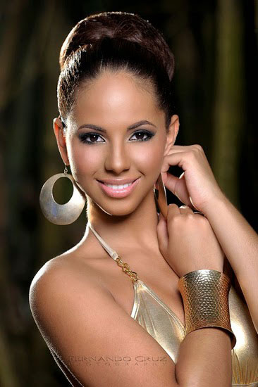 Valerie-Hernandez-Matias-9116-1415759424