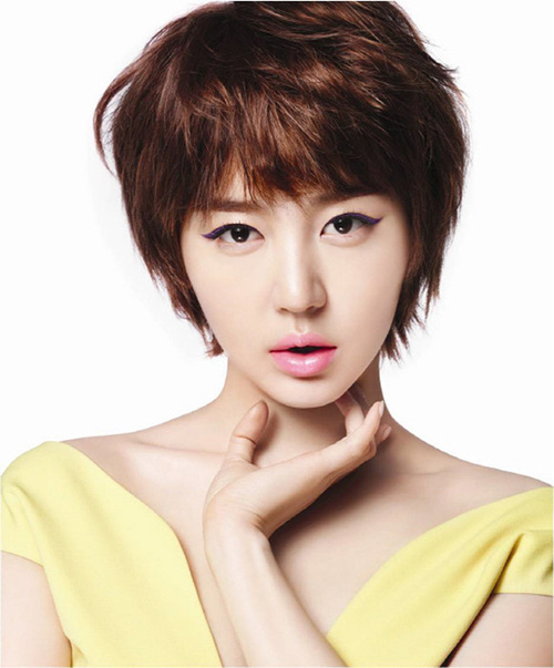 Yoon-Eun-Hye-2513-1415783360.jpg