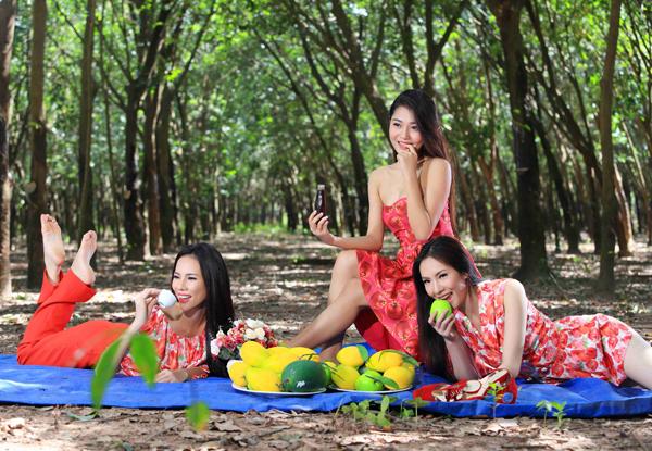 le-quyen-kim-ngan-vu-ngoc-6-4451-1415772