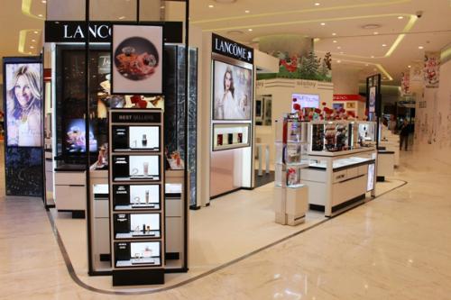Hàng trăm thương hiệu nổi tiếng thế giới hội tụ tại Lotte Department Store.
