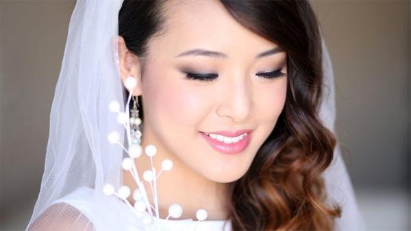 Cô dâu lên lịch chăm sóc da 6 tuần trước cưới