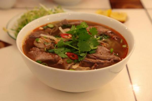 bun-bo-hue-Huong-Giang-4614-1415967472.j