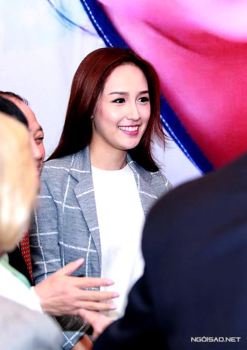Ha-Ji-Won-tai-Viet-Nam-11-1386-141602952