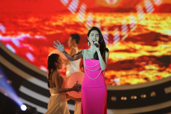 Thuy-Tien-8-5457-1416103736.jpg