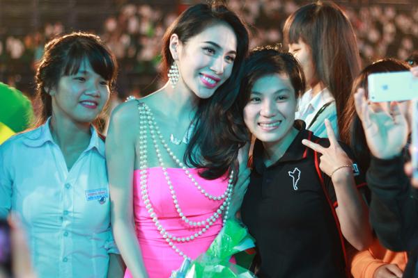 Thuy-Tien-9-3581-1416103736.jpg