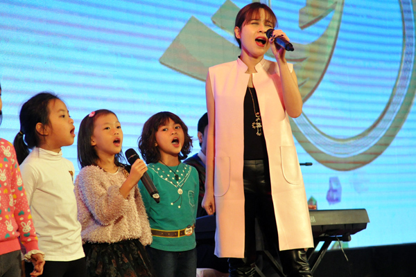 Luu-Huong-Giang-Ho-Hoai-Anh-4-3600-14163