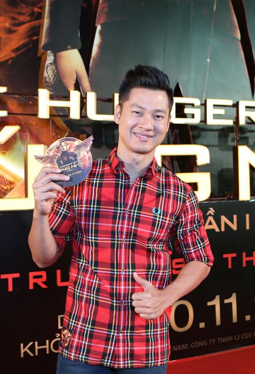 Ra-mat-phim-Hung-nhai-5-1650-1416366704.