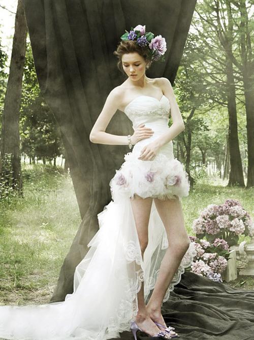 3 kiểu váy cưới ngắn trẻ trung cho cô dâu gợi cảm