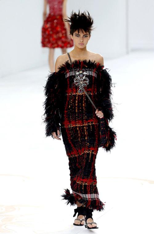 1-Kendall-Chanel.jpg