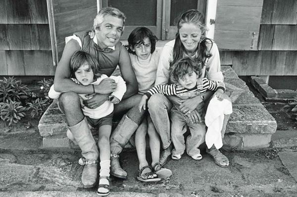 Ralph-Ricky-Lauren-Family-by-Barbra-Walz