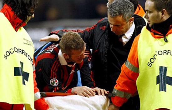 Becks nghẹn ngào tiếc nuối khi lỡ World Cup vì chấn thương bất ngờ tháng 3/2010.