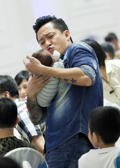 Con-trai-Tuan-Hung-12-4855-1416965335.jp