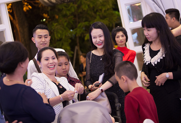 Con-trai-Tuan-Hung-5-1388-1416965335.jpg