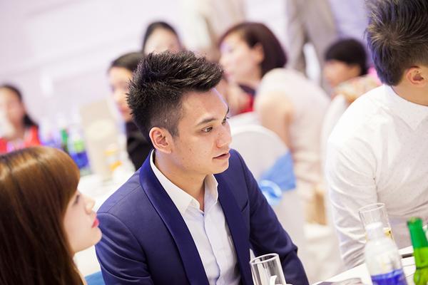 Con-trai-Tuan-Hung-9-2686-1416965336.jpg