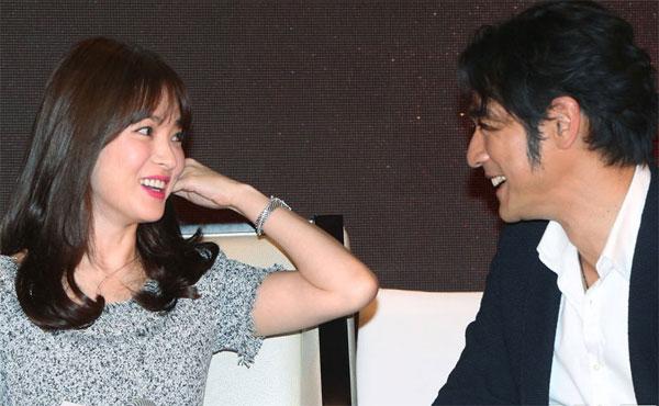 song-hye-kyo-9-9511-1416970657.jpg