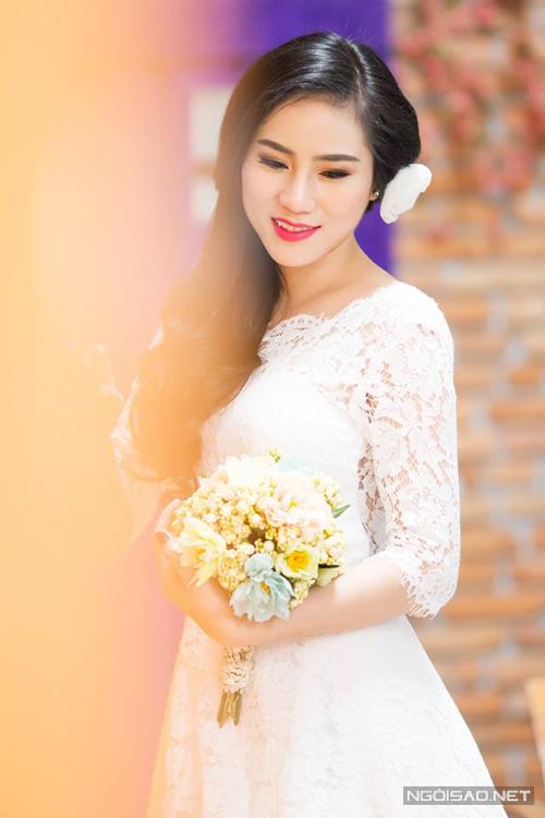 Á hậu Trúc Phương làm cô dâu đẹp kiêu sa