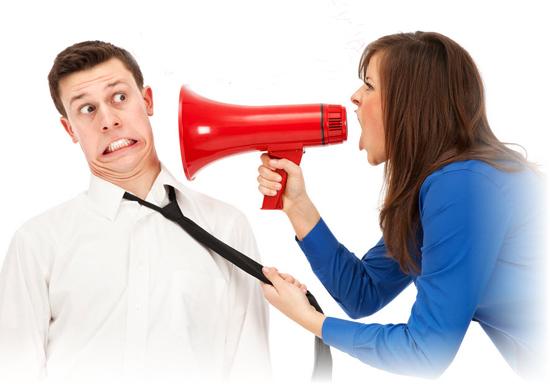 Những hành động của các bà vợ dễ khiến chồng khó chịu