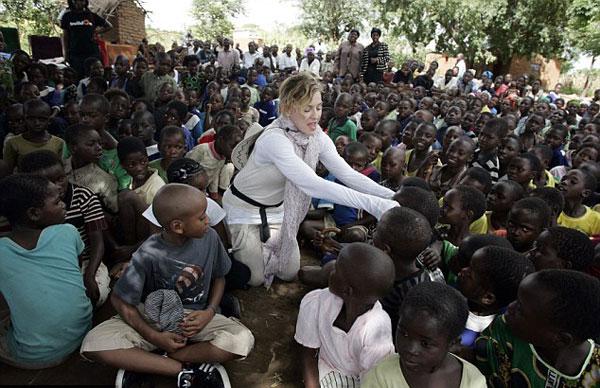 Madonna10-1581-1417164657.jpg