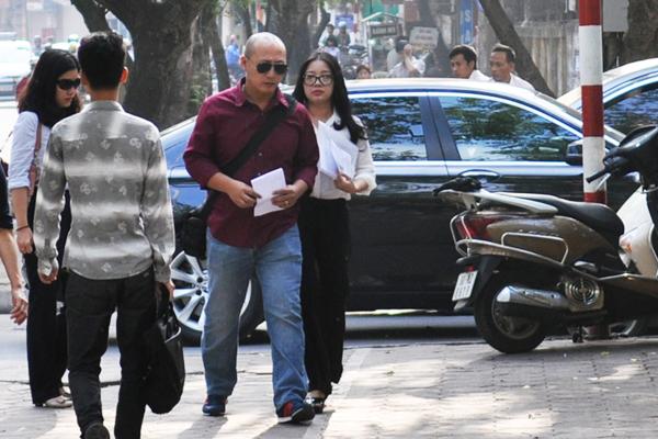[Caption]Sáng nay, TAND Tối cao tại Hà Nội mở phiên phúc thẩm kéo dài 10 ngày xem xét đơn chống án của cựu phó chủ tịch HĐQT ngân hàng ACB Nguyễn Đức Kiên và 5 cựu lãnh đạo cấp cao nhà băng này.