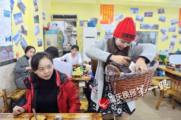 She told reporters that her commission went up the longer she stuck with the job. She regularly sells from 6 p.m. every evening around Rangjiabao, Dashiba and Guanyinqian, where beers are served.