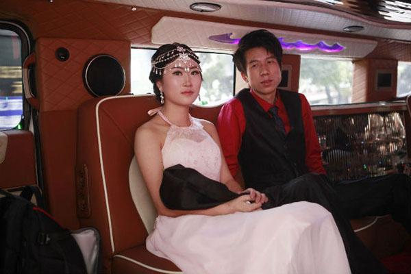 Truyền thông cho hay đoàn xe sang trên là một phần trong tiệc cưới hoành tráng với tổng chi phí 1,5 triệu tệ (gần 244.000 USD) của Chen. Mỗi chiếc xe này được Chen thuê với giá 400.000 nhân dân tệ (khoảng 65.000 USD).