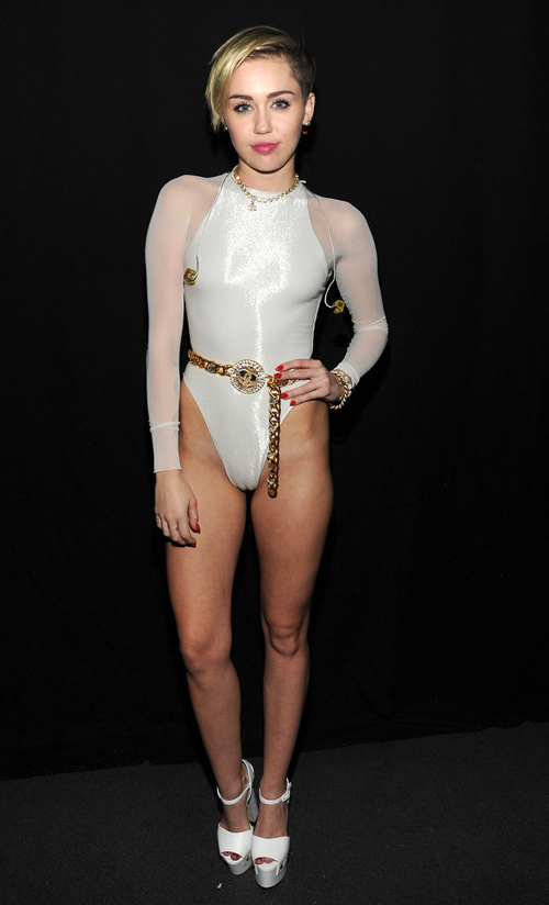 4-Miley-Cyrus-2013-MTV-Europe-2583-14175