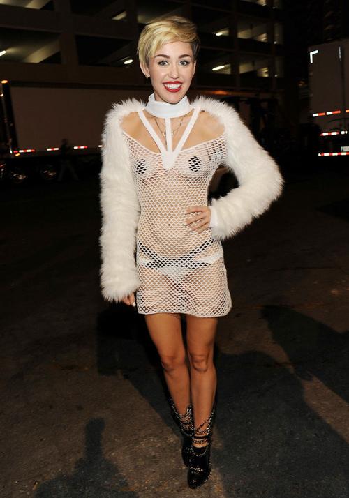 6-Miley-Cyrus-IHeartRadio-Musi-1179-2146