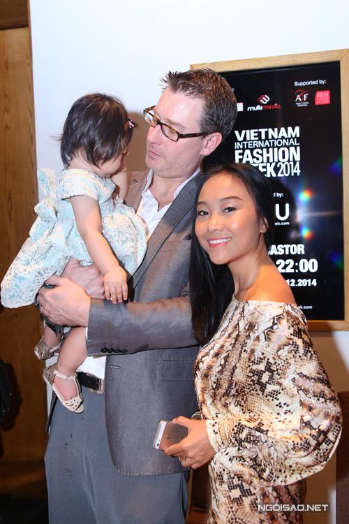 Đoan Trang là ứng cử viên nặng ký trong cuộc bình chọn Bà mẹ của năm nằm trong hệ thống giải thưởng Ngôi sao của năm 2014.