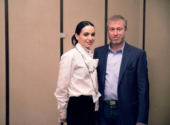 Tỷ phú Abramovich và người đẹp