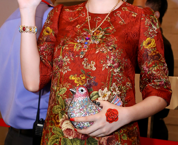 4-Angela-Phuong-Trinh-phu-kien-9197-1417
