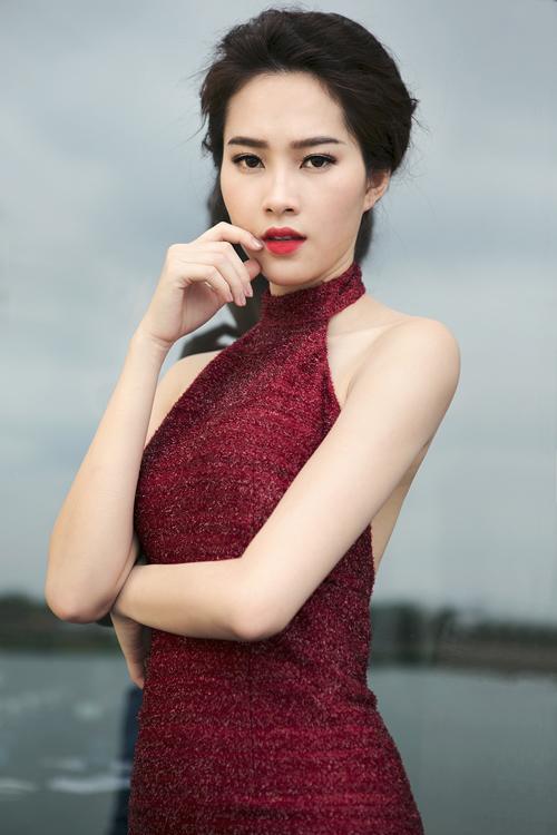 Bộ ảnh được thực hiện với sự hỗ trợ của Photographer: Bobby Nguyen; Make-up &hair: Phúc Nghĩa
