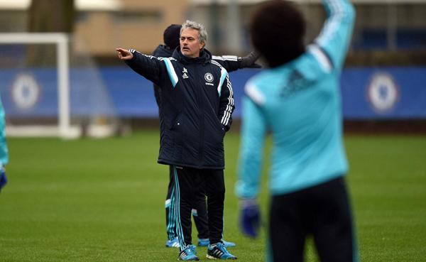 The Blues vẫn vững vàng ở ngôi đầu bảng với 33 điểm, hơn đội xếp thứ hai là Man City tới 5 điểm.
