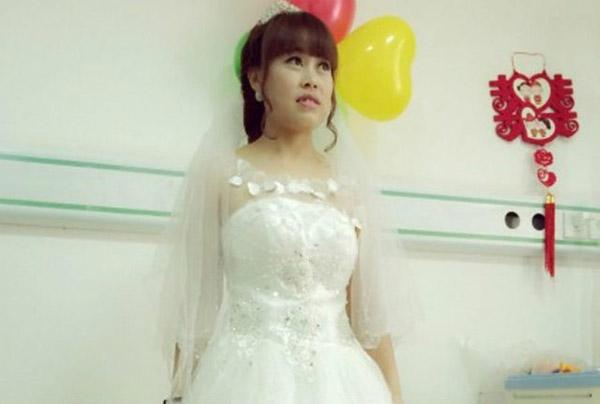 """""""Anh ấy chăm sóc và quan tâm rất nhiều tới tôi. Tôi phải kết hôn với anh ấy"""", Liu nói.  """"Tôi phải tổ chức một đám cưới""""."""