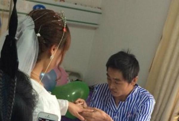 Bác sĩ cho biết các tế bào ung thư da đã di căn tới hốc mũi phải và phổi của anh Sun Xidong. Theo Shanghaiist, bệnh melanoma không mấy phổ biến nhưng lại có tỷ lệ tử vong cao.