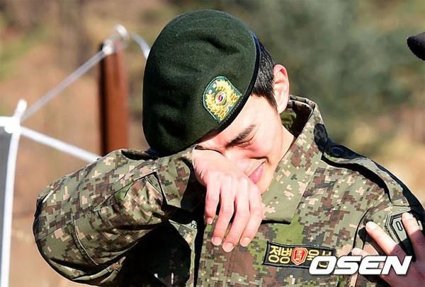 yoo-seung-ho-4-5816-1417665843.jpg