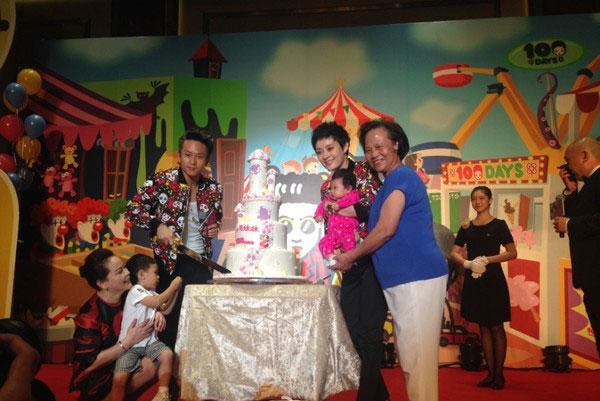 7 thiên thần nhí của sao Hoa ngữ chào đời 2014
