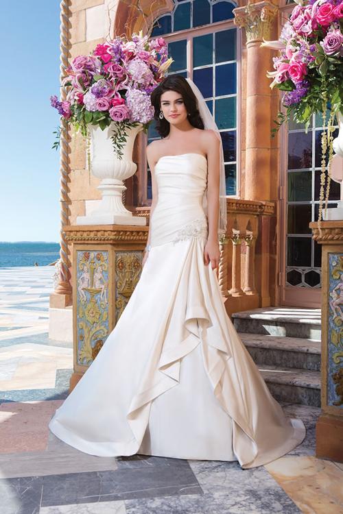 sincerity-bridals1-9893-1418205896.jpg