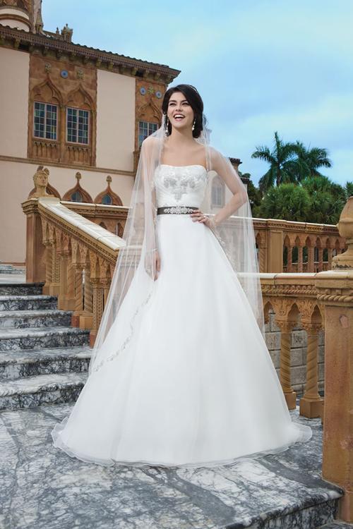sincerity-bridals5-5449-1418205896.jpg