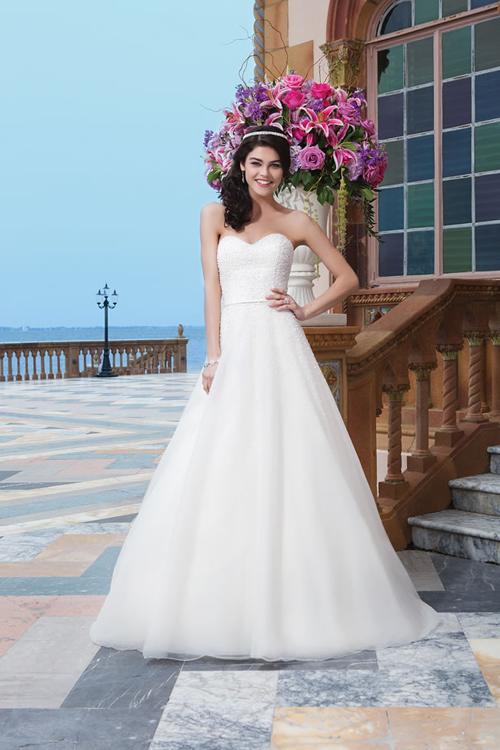 sincerity-bridals9-7500-1418205897.jpg