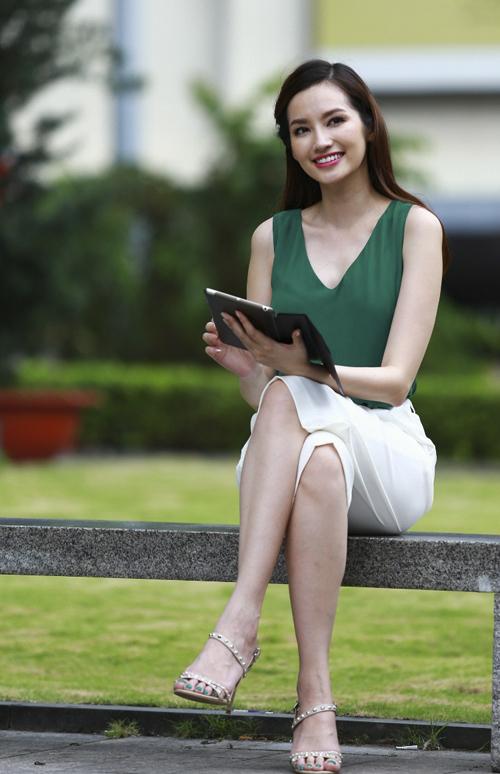 Trúc Diễm là một trong những gương mặt sáng của showbiz Việt. Tinh thần làm việc hăng say, bền bỉ và đầy đam mê giúp cô có được thành công như ngày hôm nay.