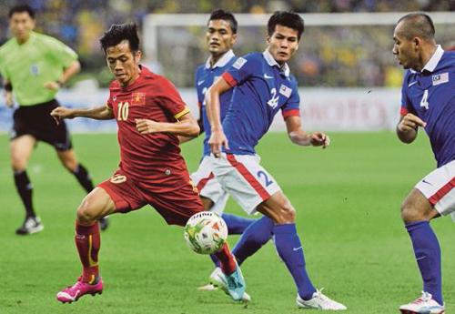 Văn Quyết và các đồng đội tự tin trước trận bán kết lượt về trên sân nhà.