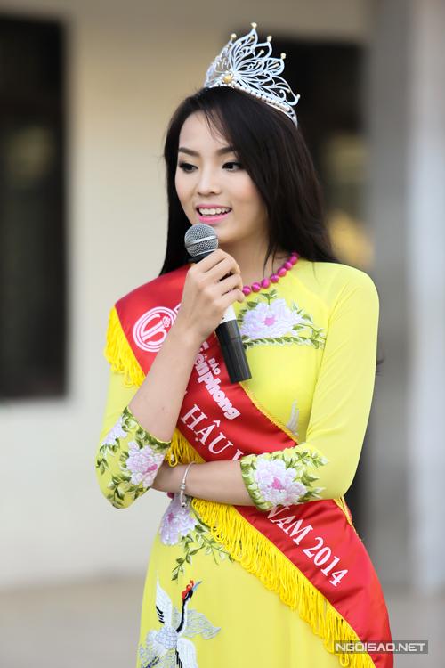 Hoa-hau-Ky-Duyen-6-5450-1418631108.jpg